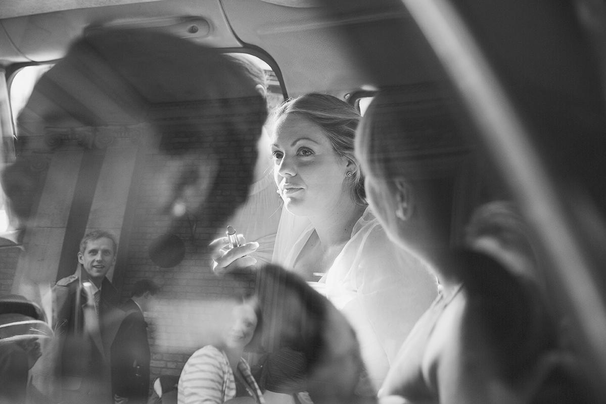 MissGenPhotography_GenevieveChapman_WeddingPhotography_London_GeorgeAndBec_164