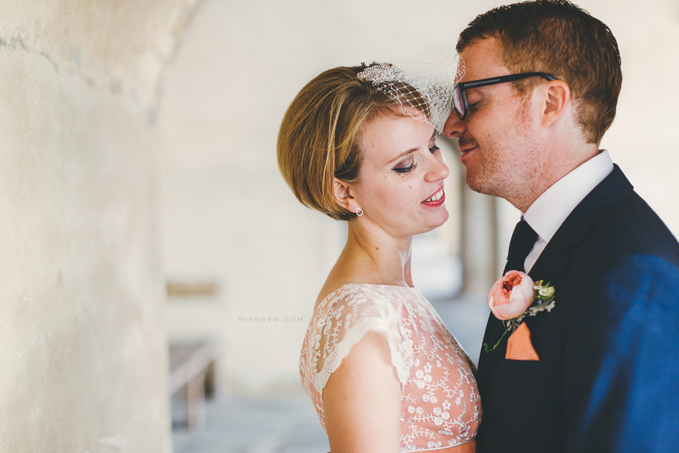 Beautiful bride & groom portraits in Old Portsmouth – Jo & Adam ...