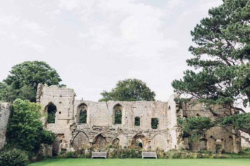 jervaulx abbey yorkshire
