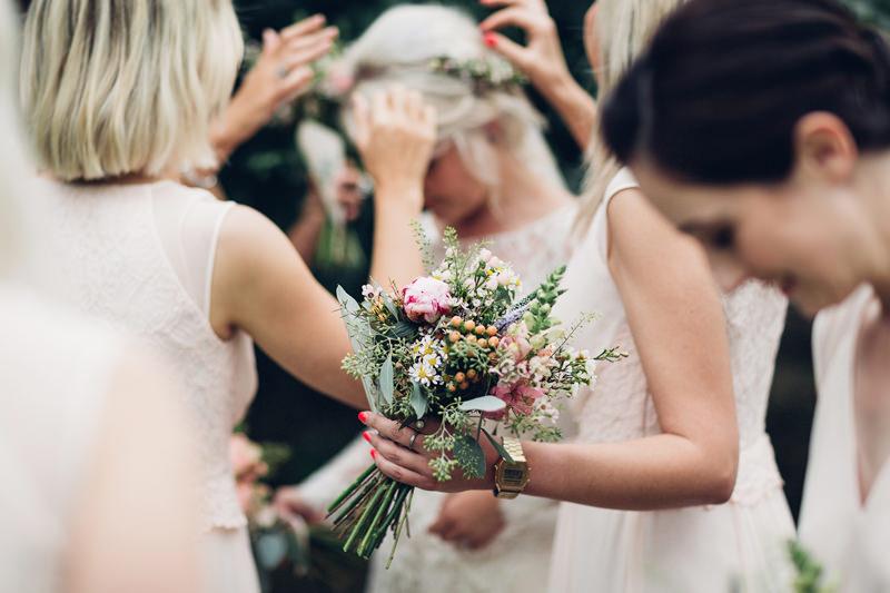 natural documentary destination wedding photographer