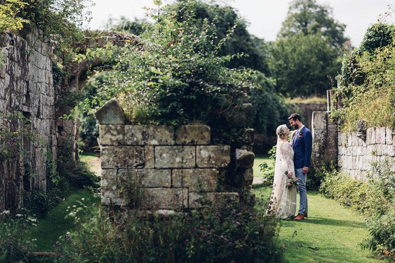 epic outdoor wedding portrait