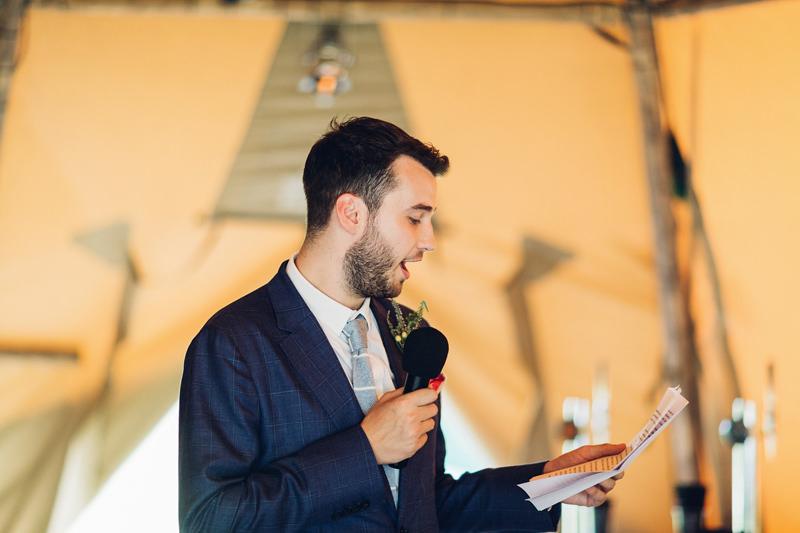 modern documentary wedding photography