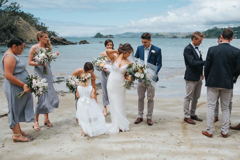 creative reportage wedding photographer
