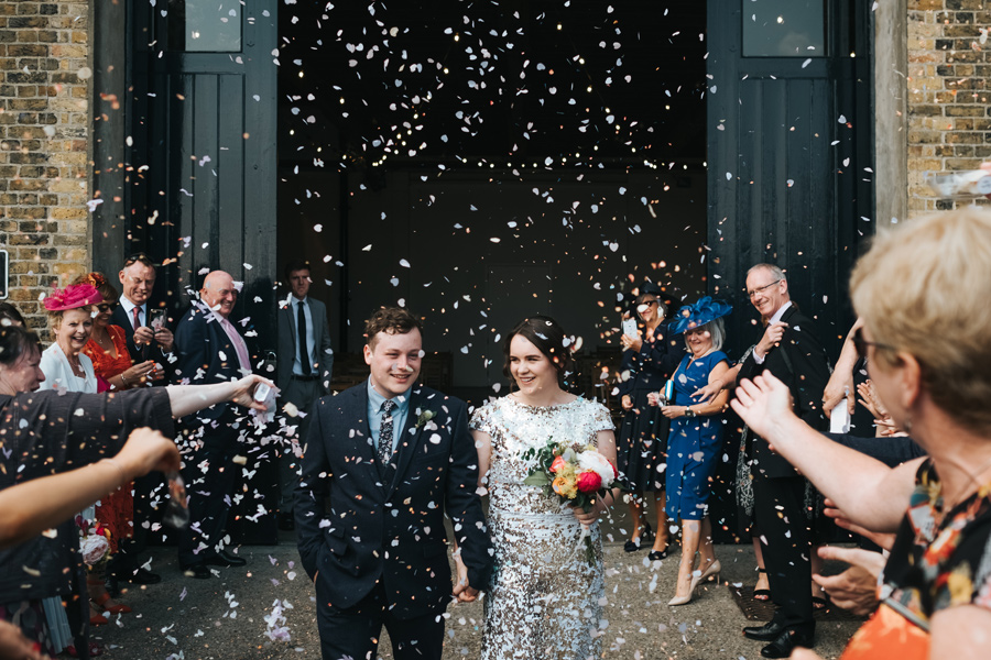 relaxed modern wedding photography 1