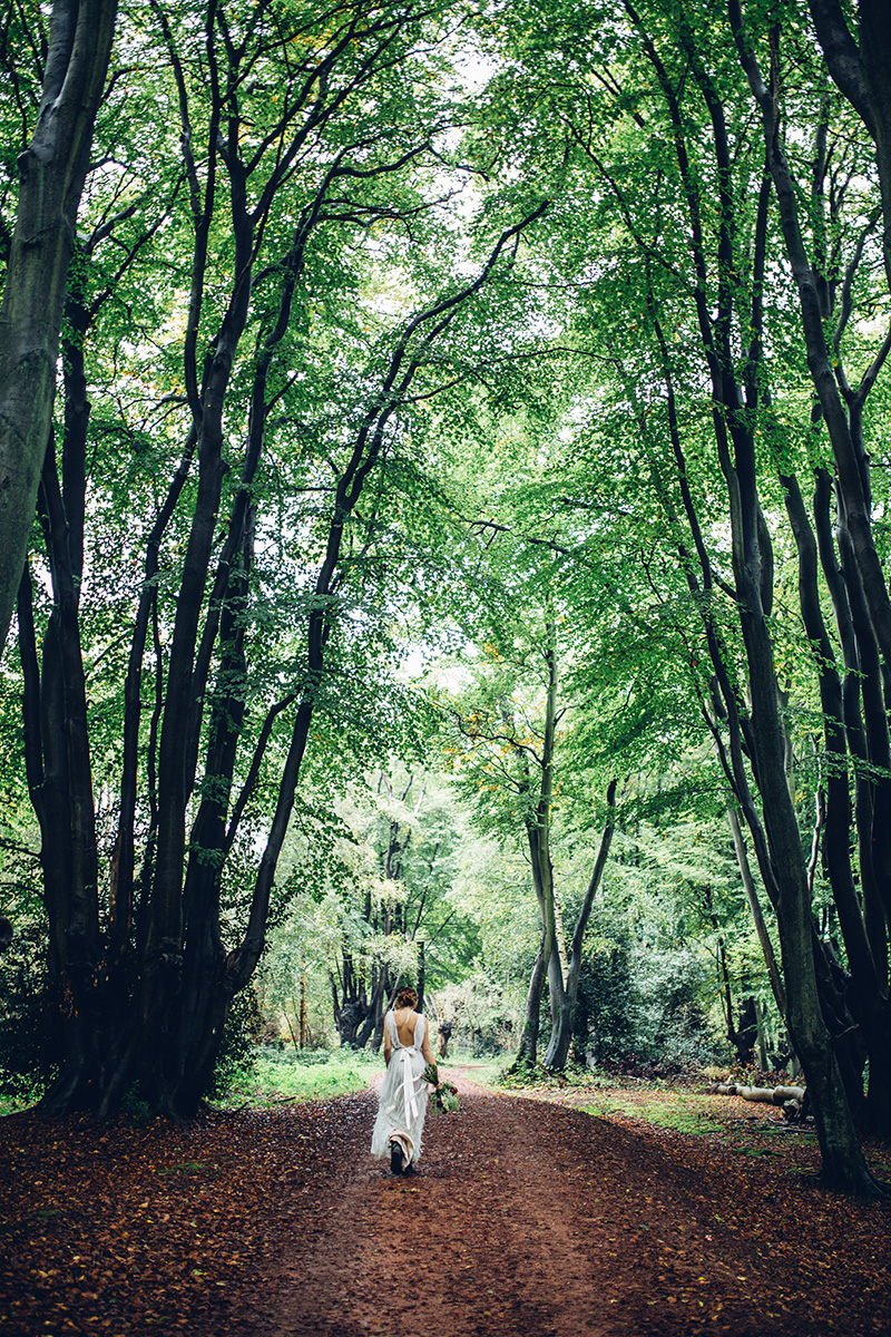 Woodland wedding photography in England by Miss Gen
