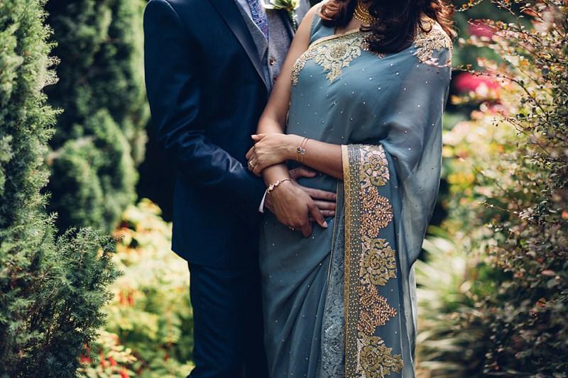 non-traditional-sari-wedding