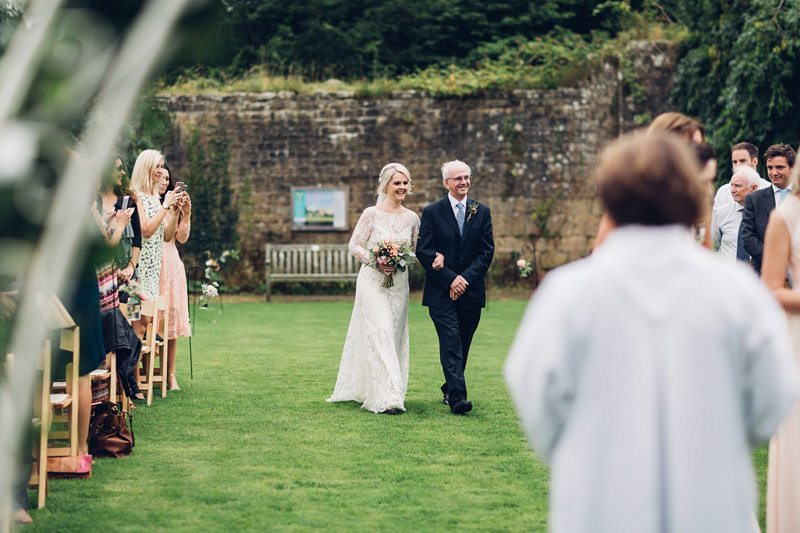 yorkshire outdoor wedding photogapher