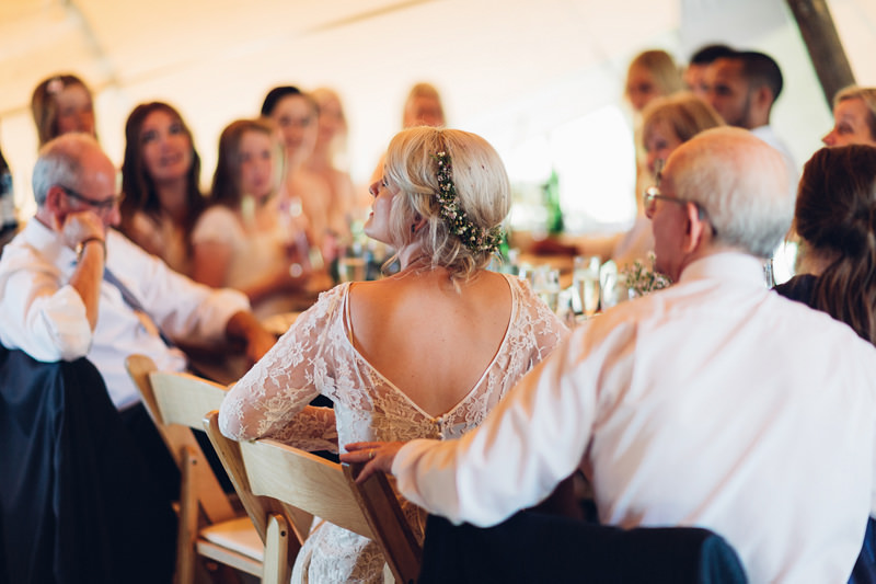 modern documentary wedding photography