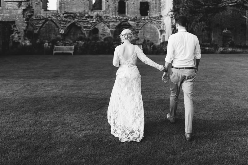 reportage wedding photographer england