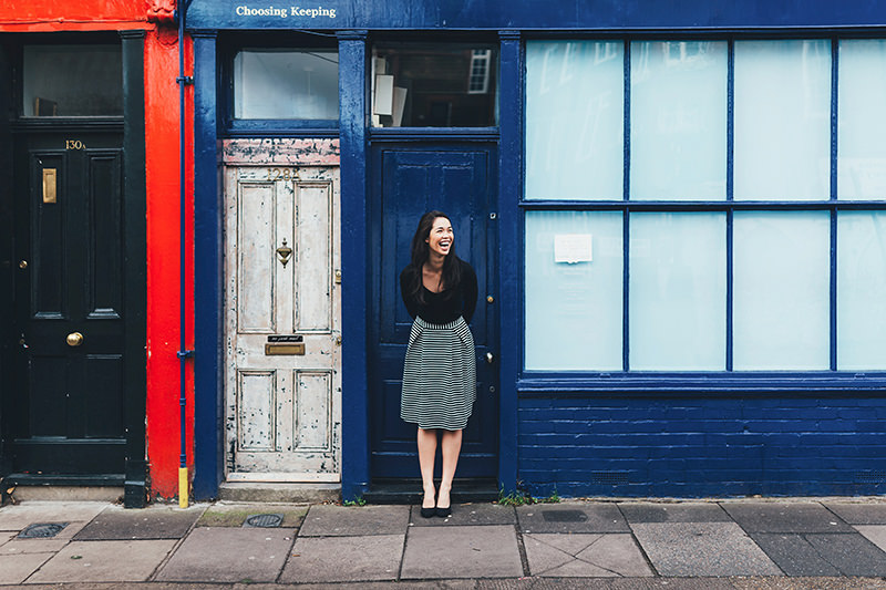 colombia road engagement photographer