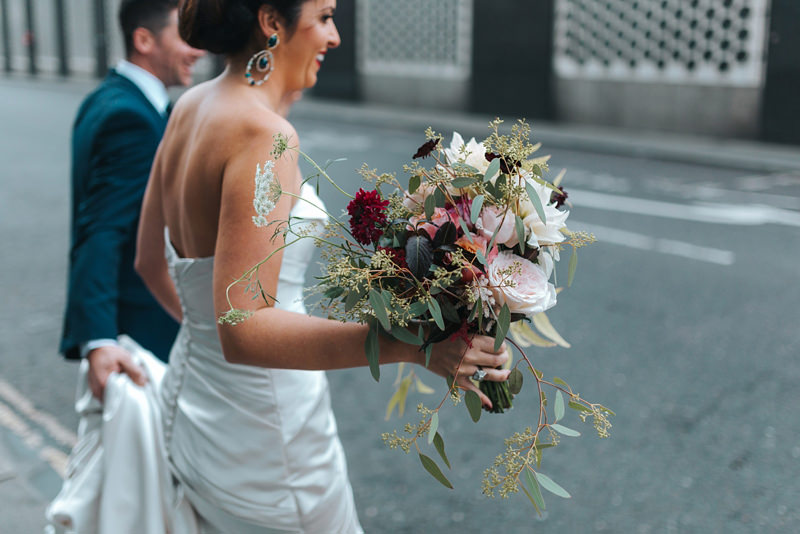 natural couples reportage wedding photography by creative modern wedding photographer missgen