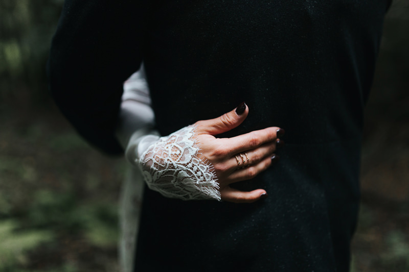 brides hand with rings in inbal dror by artistic wedding reportage photographer miss gen