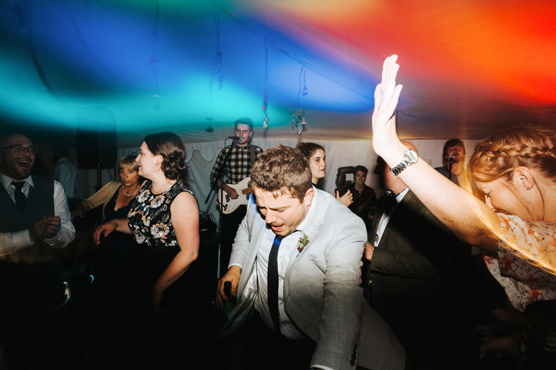 dance floor photos by creative modern wedding photographer missgen