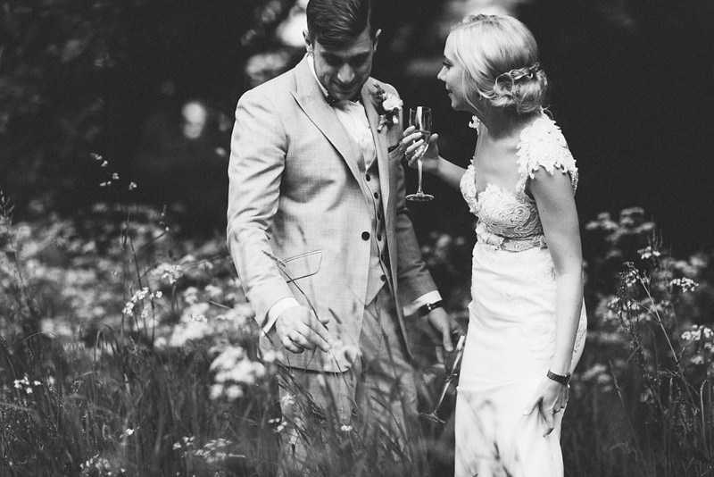 relaxed natural destination wedding photography