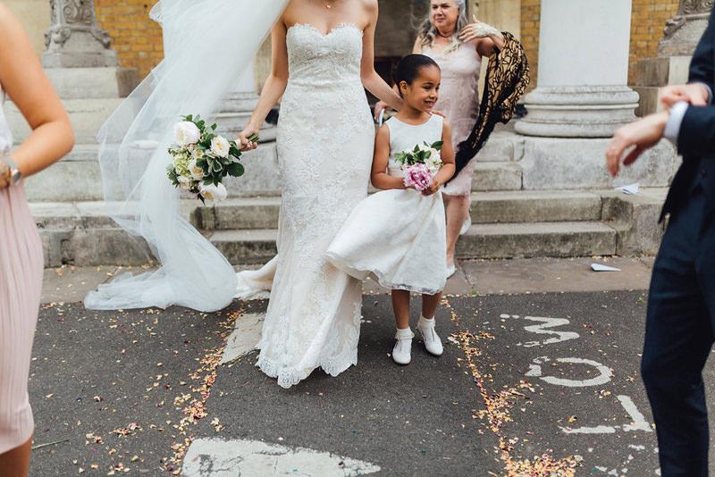 relaxed london wedding photographer