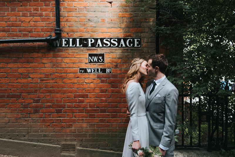 natural relaxed couples photography