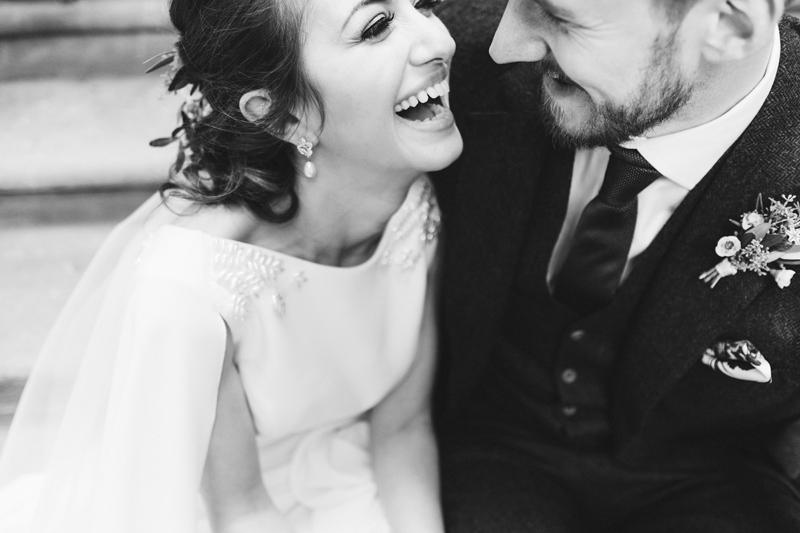 natural documentary wedding photographer