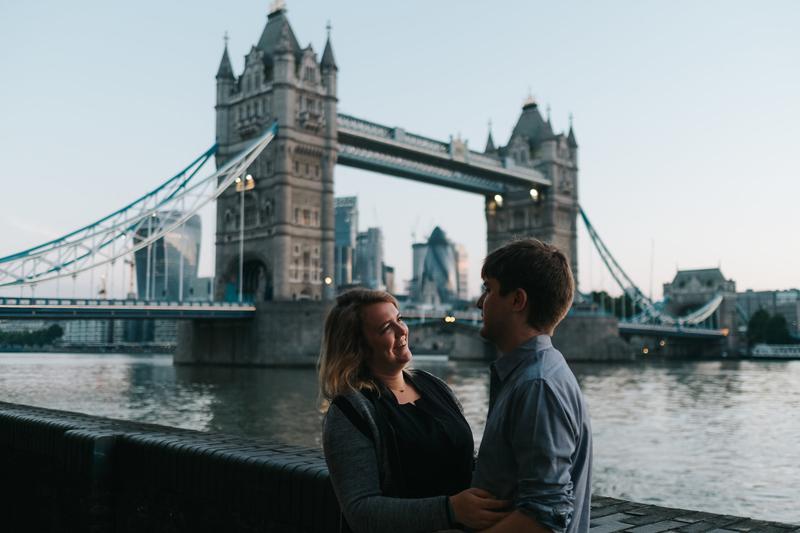 london sunrise couples session