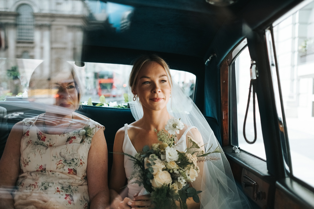 modern alternative wedding photographer 2