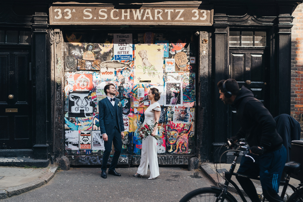 modern london wedding