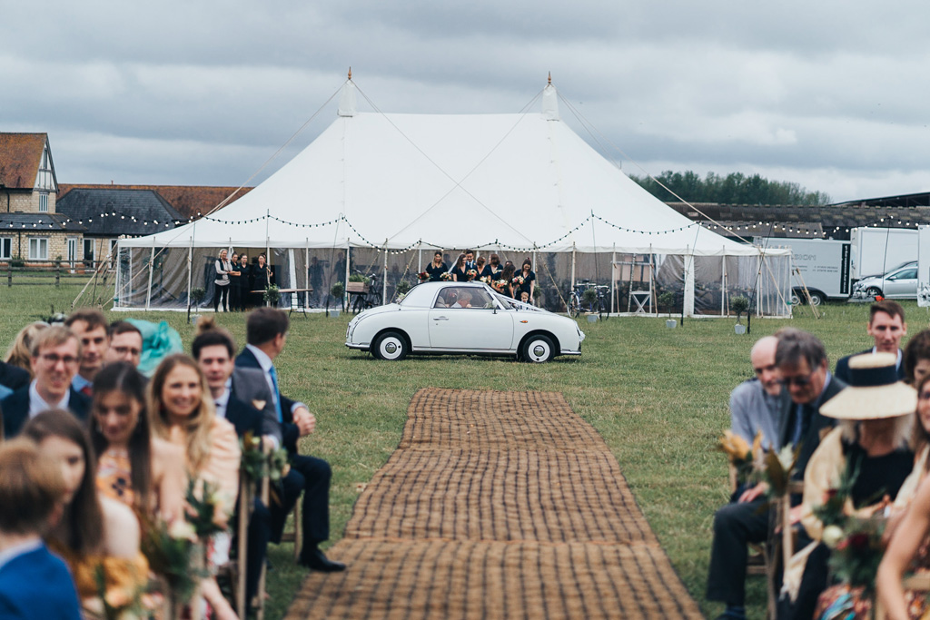 festival style wedding photographer