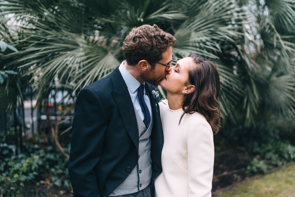 modern london elopement