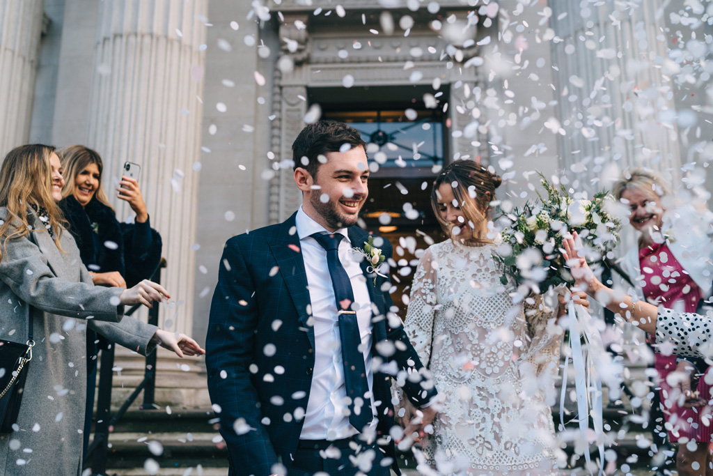 romantic london elopement