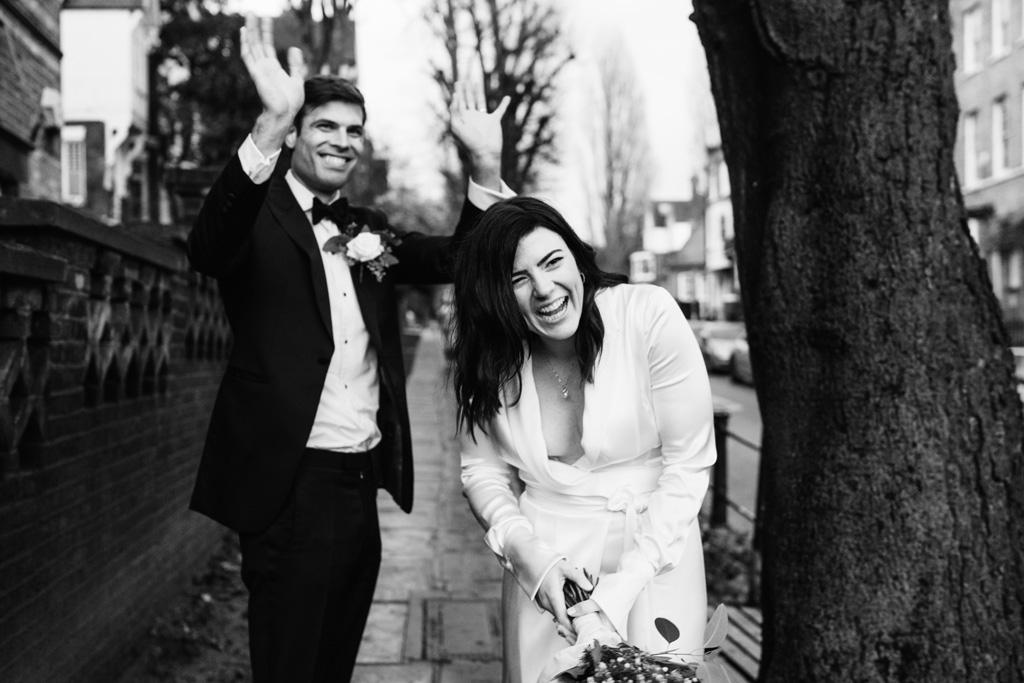 natural relaxed wedding photos london