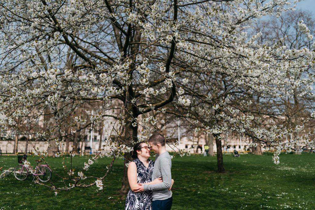 natural relaxed elopement london
